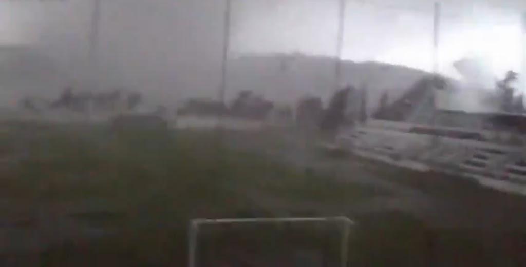 Ανεμοστρόβιλος καταστρέφει γήπεδο στην Πορτογαλία [βίντεο] - e-Nautilia.gr   Το Ελληνικό Portal για την Ναυτιλία. Τελευταία νέα, άρθρα, Οπτικοακουστικό Υλικό
