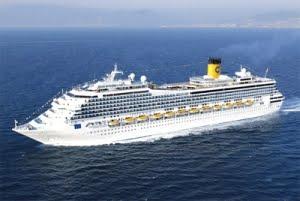 Επίσημη υποδοχή του πρώτου κρουαζιερόπλοιου για το 2013 στον Πειραιά - e-Nautilia.gr | Το Ελληνικό Portal για την Ναυτιλία. Τελευταία νέα, άρθρα, Οπτικοακουστικό Υλικό