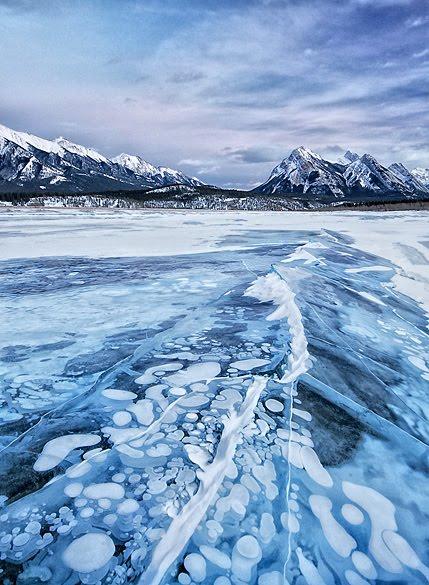 Abraham Lake: Η λίμνη με τις παγωμένες φυσαλίδες - e-Nautilia.gr | Το Ελληνικό Portal για την Ναυτιλία. Τελευταία νέα, άρθρα, Οπτικοακουστικό Υλικό