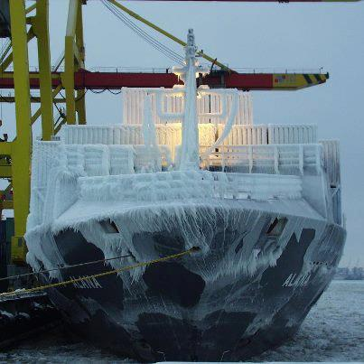 Φωτογραφία ημέρας – Container ship στους – 10° C - e-Nautilia.gr | Το Ελληνικό Portal για την Ναυτιλία. Τελευταία νέα, άρθρα, Οπτικοακουστικό Υλικό