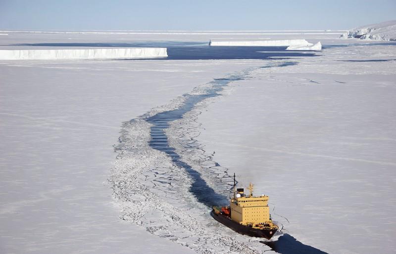 Φωτογραφία ημέρας – Πλοίο στην Αρκτική - e-Nautilia.gr | Το Ελληνικό Portal για την Ναυτιλία. Τελευταία νέα, άρθρα, Οπτικοακουστικό Υλικό