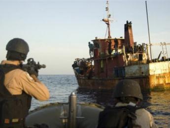 Προσπάθεια αντιμετώπισης της θαλάσσιας πειρατείας από την ΕΕ - e-Nautilia.gr | Το Ελληνικό Portal για την Ναυτιλία. Τελευταία νέα, άρθρα, Οπτικοακουστικό Υλικό