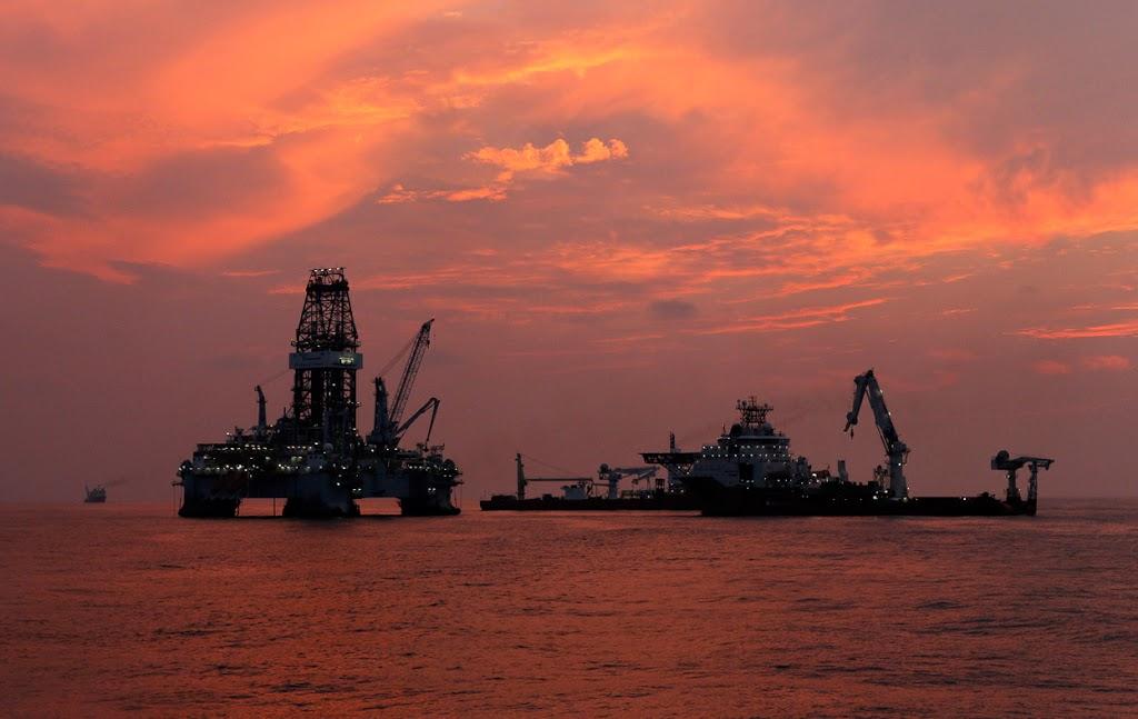 Φωτογραφία ημέρας – Πλατφόρμα πετρελαίου - e-Nautilia.gr | Το Ελληνικό Portal για την Ναυτιλία. Τελευταία νέα, άρθρα, Οπτικοακουστικό Υλικό