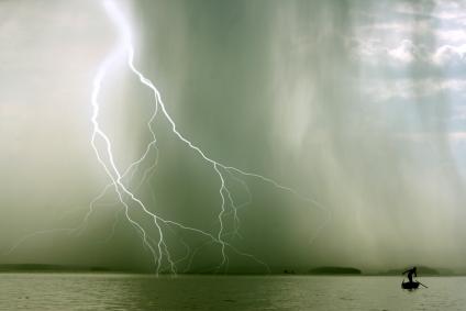 Καταιγίδες και επιδείνωση του καιρού - e-Nautilia.gr | Το Ελληνικό Portal για την Ναυτιλία. Τελευταία νέα, άρθρα, Οπτικοακουστικό Υλικό