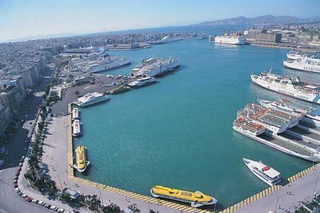 Κομισιόν: Ζητά αλλαγές στις εργασιακές σχέσεις όσων απασχολούνται στα λιμάνια - e-Nautilia.gr   Το Ελληνικό Portal για την Ναυτιλία. Τελευταία νέα, άρθρα, Οπτικοακουστικό Υλικό