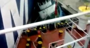 Πλοίο container vs Ρυμουλκό [βίντεο]