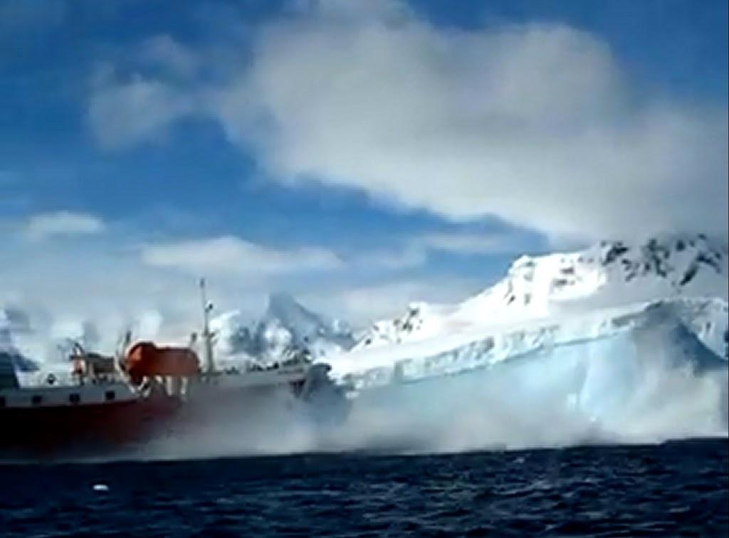 Σύγκρουση με παγόβουνο! [βίντεο] - e-Nautilia.gr | Το Ελληνικό Portal για την Ναυτιλία. Τελευταία νέα, άρθρα, Οπτικοακουστικό Υλικό