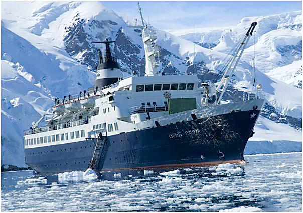 Pωσικό πρώην κρουαζιερόπλοιο πλέει ακυβέρνητο στον Ατλαντικό Ωκεανό - e-Nautilia.gr | Το Ελληνικό Portal για την Ναυτιλία. Τελευταία νέα, άρθρα, Οπτικοακουστικό Υλικό