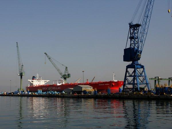 Εργαζόμενοι Σκαραμαγκά: Ζητούν από τον Σαμαρά να βρεθεί λύση στο ζήτημα των ναυπηγείων - e-Nautilia.gr | Το Ελληνικό Portal για την Ναυτιλία. Τελευταία νέα, άρθρα, Οπτικοακουστικό Υλικό