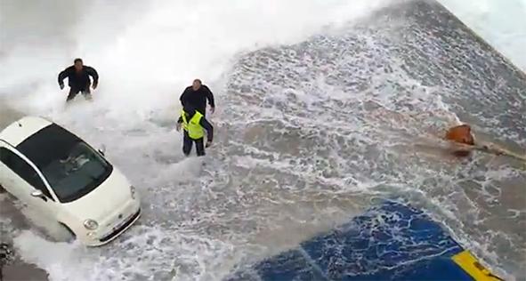 Βίντεο που προκαλεί σοκ και δέος από το λιμάνι της Κιμώλου! - e-Nautilia.gr | Το Ελληνικό Portal για την Ναυτιλία. Τελευταία νέα, άρθρα, Οπτικοακουστικό Υλικό