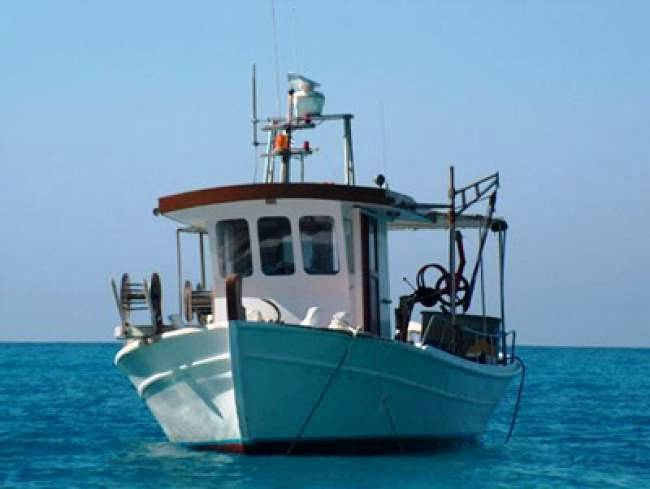 Ακυβέρνητο αλιευτικό σκάφος στο Άγιο Όρος - e-Nautilia.gr | Το Ελληνικό Portal για την Ναυτιλία. Τελευταία νέα, άρθρα, Οπτικοακουστικό Υλικό