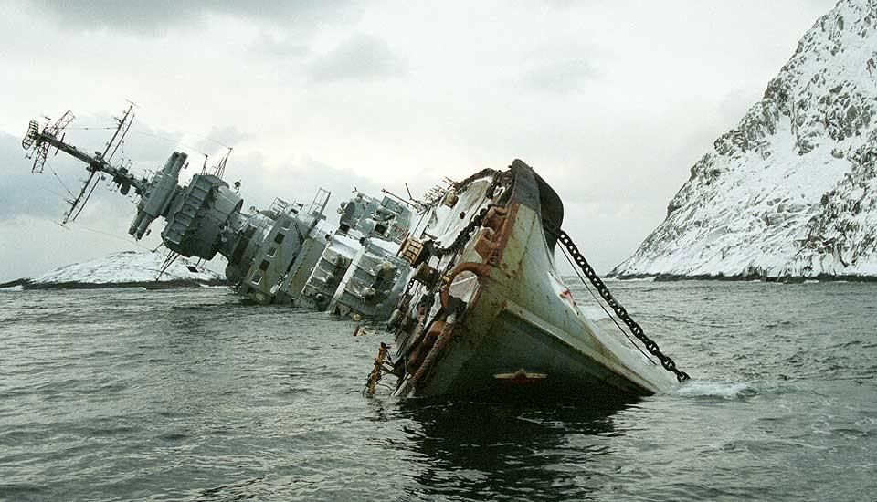 Ο αργός θάνατος του καταδρομικού «Μούρμανσκ» (Photos) - e-Nautilia.gr | Το Ελληνικό Portal για την Ναυτιλία. Τελευταία νέα, άρθρα, Οπτικοακουστικό Υλικό