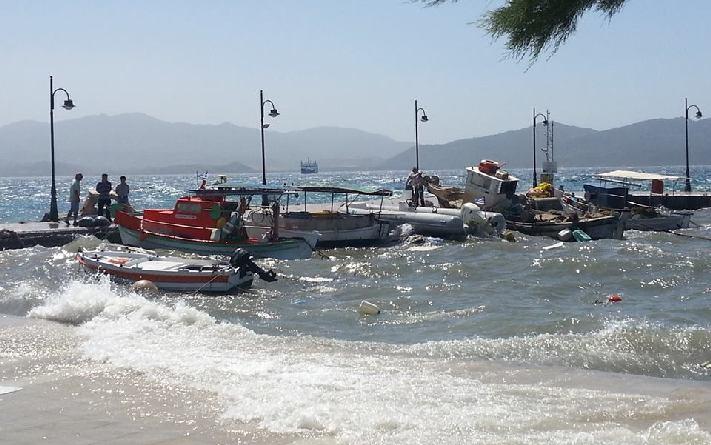Bυθίστηκαν 3 αλιευτικά σκάφη από τους ισχυρούς ανέμους - e-Nautilia.gr   Το Ελληνικό Portal για την Ναυτιλία. Τελευταία νέα, άρθρα, Οπτικοακουστικό Υλικό