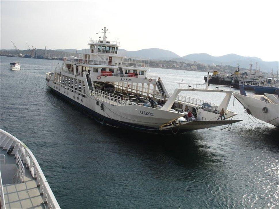 «Στον αέρα» βρίσκεται το πορθμείο Πέραμα – Σαλαμίνα.Aπολύθηκαν πάνω από 50 ναυτεργάτες - e-Nautilia.gr | Το Ελληνικό Portal για την Ναυτιλία. Τελευταία νέα, άρθρα, Οπτικοακουστικό Υλικό
