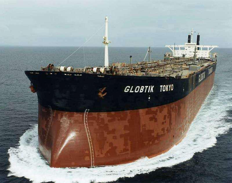 Φωτογραφία ημέρας – Oil tanker - e-Nautilia.gr | Το Ελληνικό Portal για την Ναυτιλία. Τελευταία νέα, άρθρα, Οπτικοακουστικό Υλικό