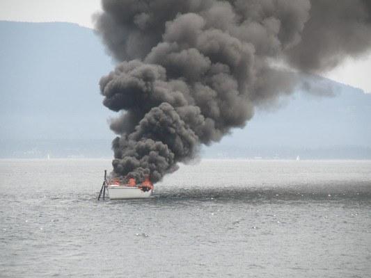 Πυρκαγιά σε ιστιοφόρο στη Ρόδο - e-Nautilia.gr | Το Ελληνικό Portal για την Ναυτιλία. Τελευταία νέα, άρθρα, Οπτικοακουστικό Υλικό