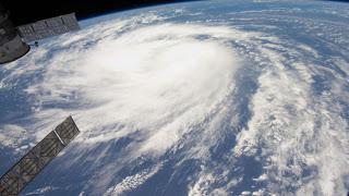 Σεμινάριο για τους τροπικούς κυκλώνες για Αξιωματικούς ποντοπόρων πλοίων - e-Nautilia.gr   Το Ελληνικό Portal για την Ναυτιλία. Τελευταία νέα, άρθρα, Οπτικοακουστικό Υλικό