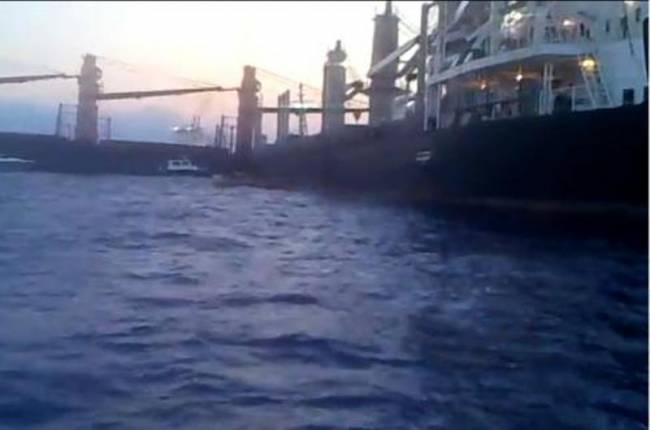 Αποκολλήθηκαν τα δύο εμπορικά πλοία στην Άνδρο - e-Nautilia.gr | Το Ελληνικό Portal για την Ναυτιλία. Τελευταία νέα, άρθρα, Οπτικοακουστικό Υλικό