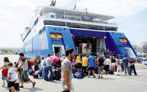 Μείωση 30% της επιβατικής και εμπορευματικής κίνησης - e-Nautilia.gr | Το Ελληνικό Portal για την Ναυτιλία. Τελευταία νέα, άρθρα, Οπτικοακουστικό Υλικό