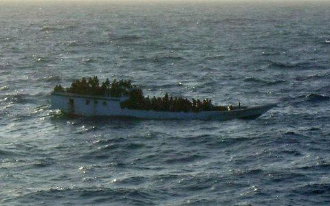 Ναυάγησαν περίπου 180 πρόσφυγες ανοικτά της νήσου των Χριστουγέννων - e-Nautilia.gr | Το Ελληνικό Portal για την Ναυτιλία. Τελευταία νέα, άρθρα, Οπτικοακουστικό Υλικό