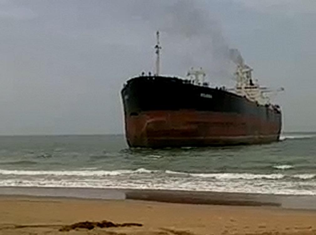 Πλοίο βγήκε στην στεριά για…περιπολία [video] - e-Nautilia.gr | Το Ελληνικό Portal για την Ναυτιλία. Τελευταία νέα, άρθρα, Οπτικοακουστικό Υλικό