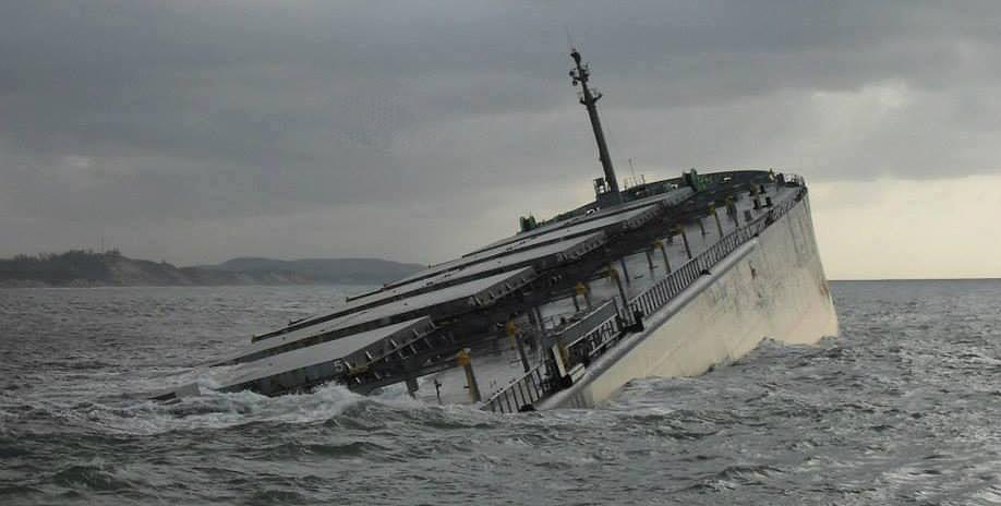Συνεχίζεται η αφαίρεση καυσίμων από το φορτηγό πλοίο SMART [φωτο] - e-Nautilia.gr | Το Ελληνικό Portal για την Ναυτιλία. Τελευταία νέα, άρθρα, Οπτικοακουστικό Υλικό
