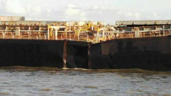 Tο φορτηγό πλοίο «Smart» κόπηκε στα δύο στη Ν. Αφρική - e-Nautilia.gr | Το Ελληνικό Portal για την Ναυτιλία. Τελευταία νέα, άρθρα, Οπτικοακουστικό Υλικό