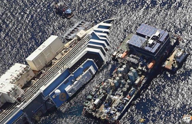 Εικόνες του Costa Concordia πριν την ανέλκυση που προκαλούν δέος! (Video + Photos) - e-Nautilia.gr | Το Ελληνικό Portal για την Ναυτιλία. Τελευταία νέα, άρθρα, Οπτικοακουστικό Υλικό