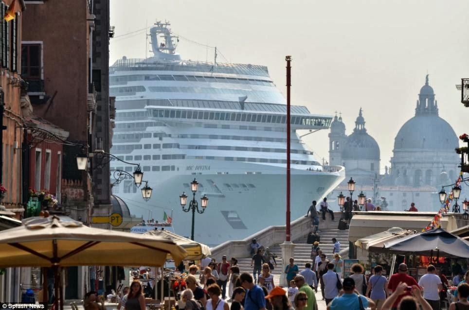 Aπειλούν με εξαφάνιση την Βενετία τα κρουαζιερόπλοια - e-Nautilia.gr | Το Ελληνικό Portal για την Ναυτιλία. Τελευταία νέα, άρθρα, Οπτικοακουστικό Υλικό