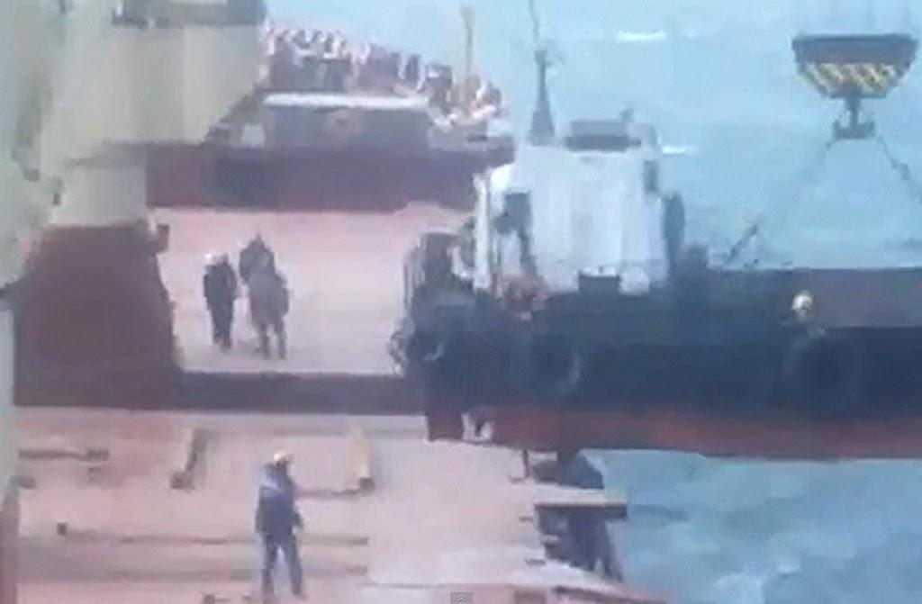 Ατύχημα κατά την στιγμή της ανύψωσης! [video] - e-Nautilia.gr | Το Ελληνικό Portal για την Ναυτιλία. Τελευταία νέα, άρθρα, Οπτικοακουστικό Υλικό
