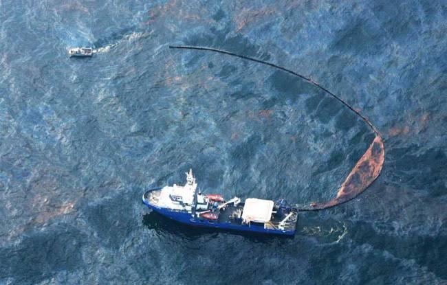 Πετρελαιοκηλίδα 43 χλμ. απειλεί τις δυτικές ακτές της Κορσικής - e-Nautilia.gr | Το Ελληνικό Portal για την Ναυτιλία. Τελευταία νέα, άρθρα, Οπτικοακουστικό Υλικό