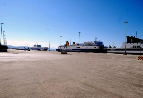 ΠΝΟ: Καταγγέλλει τις εργασιακές σχέσεις στο λιμάνι της Πάτρας - e-Nautilia.gr | Το Ελληνικό Portal για την Ναυτιλία. Τελευταία νέα, άρθρα, Οπτικοακουστικό Υλικό