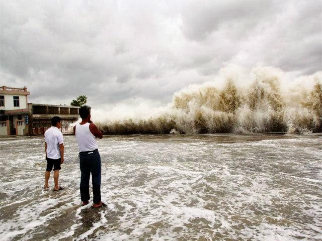 20 άνθρωποι νεκροί από τον σούπερ τυφώνα! [βίντεο] - e-Nautilia.gr | Το Ελληνικό Portal για την Ναυτιλία. Τελευταία νέα, άρθρα, Οπτικοακουστικό Υλικό