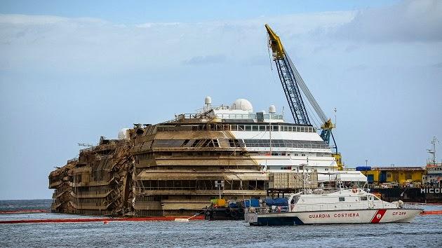 """Aνθρώπινα λείψανα βρέθηκαν κοντά στο ναυάγιο του """"Costa Concordia"""" - e-Nautilia.gr   Το Ελληνικό Portal για την Ναυτιλία. Τελευταία νέα, άρθρα, Οπτικοακουστικό Υλικό"""