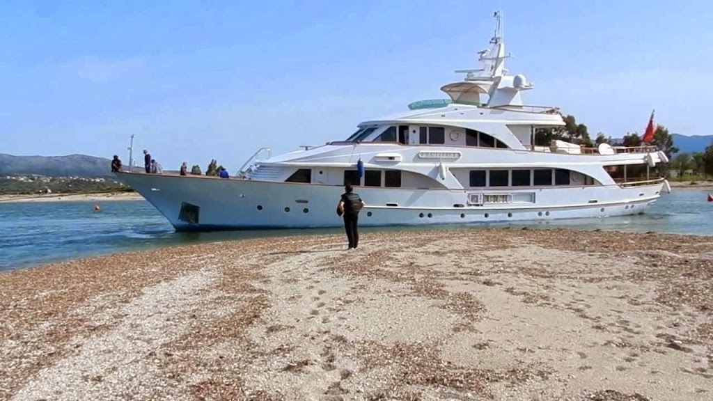 Προσάραξη θαλαμηγού στη Λευκάδα - e-Nautilia.gr | Το Ελληνικό Portal για την Ναυτιλία. Τελευταία νέα, άρθρα, Οπτικοακουστικό Υλικό