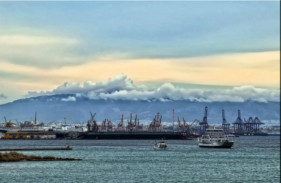 Πυρκαγιά στη ναυπηγοεπισκευαστική ζώνη Περάματος - e-Nautilia.gr | Το Ελληνικό Portal για την Ναυτιλία. Τελευταία νέα, άρθρα, Οπτικοακουστικό Υλικό