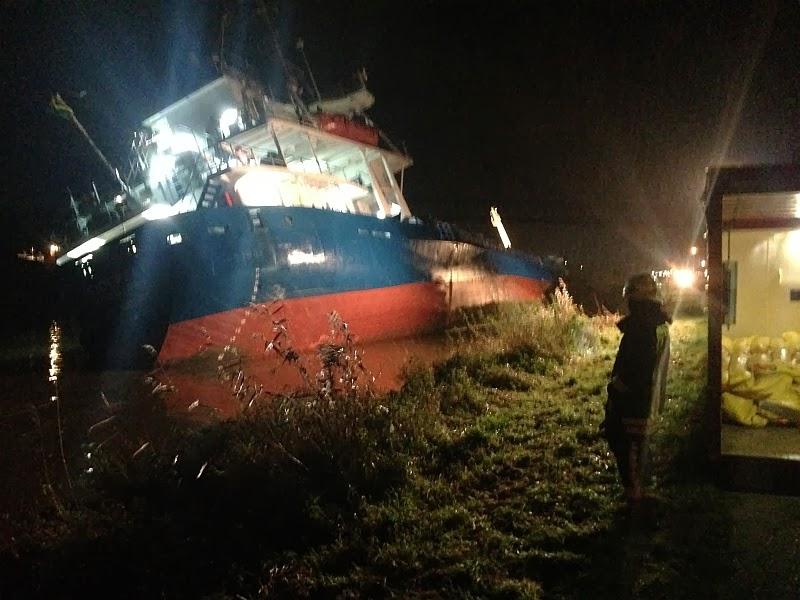 Συνεχίζεται η επιχείρηση για το πλοίο Siderfly - e-Nautilia.gr | Το Ελληνικό Portal για την Ναυτιλία. Τελευταία νέα, άρθρα, Οπτικοακουστικό Υλικό