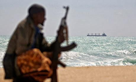 Tην παγκόσμια εγκληματική δραστηριότητα χρηματοδοτεί η πειρατεία πλοίων - e-Nautilia.gr | Το Ελληνικό Portal για την Ναυτιλία. Τελευταία νέα, άρθρα, Οπτικοακουστικό Υλικό