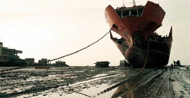Ship being scrapped, Alang, Gujarat, India