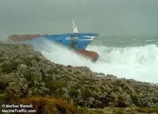 Η ανέλκυσης του πλοίου Gelso M -φωτογραφίες απο την προσάραξη [vid+pics]] - e-Nautilia.gr | Το Ελληνικό Portal για την Ναυτιλία. Τελευταία νέα, άρθρα, Οπτικοακουστικό Υλικό