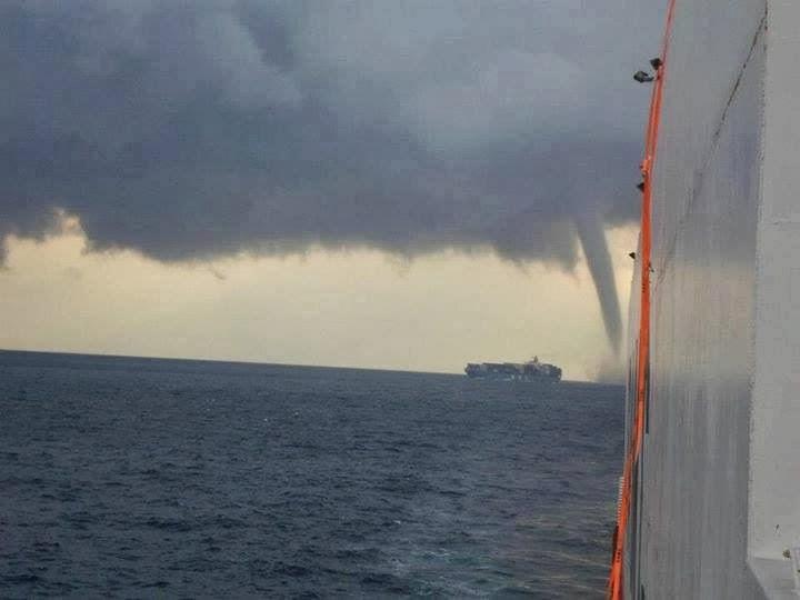 Έχετε δει ποτέ κάτι τέτοιο; - e-Nautilia.gr   Το Ελληνικό Portal για την Ναυτιλία. Τελευταία νέα, άρθρα, Οπτικοακουστικό Υλικό