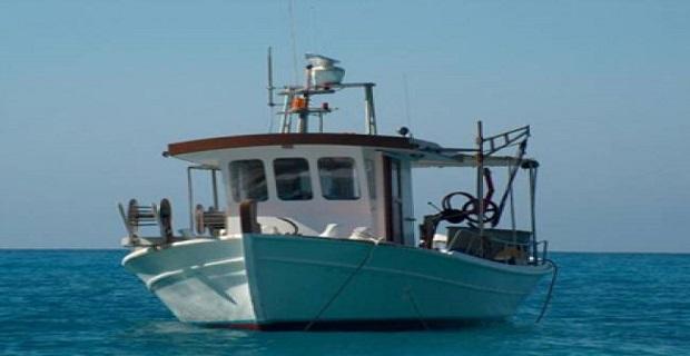 Πρόσκρουση αλιευτικού σκάφους στην Τήνο-Τραυματίστηκε ο Κυβερνήτης - e-Nautilia.gr | Το Ελληνικό Portal για την Ναυτιλία. Τελευταία νέα, άρθρα, Οπτικοακουστικό Υλικό
