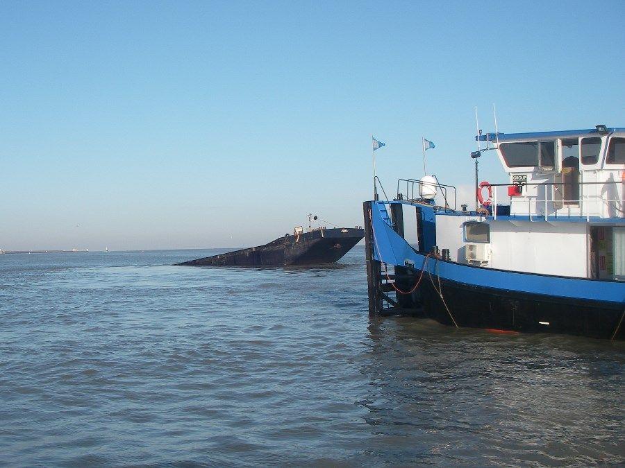 20140226bre knrm breskens - 3 duwboot