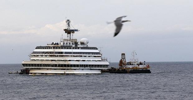 O Φραντζέσκο Σκετίνο στο «Costa Concordia»[pics] - e-Nautilia.gr | Το Ελληνικό Portal για την Ναυτιλία. Τελευταία νέα, άρθρα, Οπτικοακουστικό Υλικό