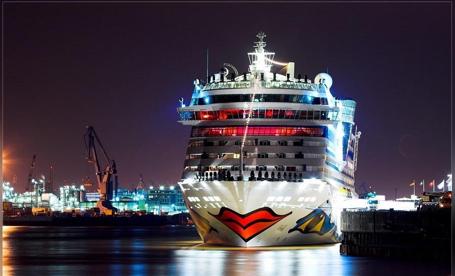 cruise_ship_naftilia_