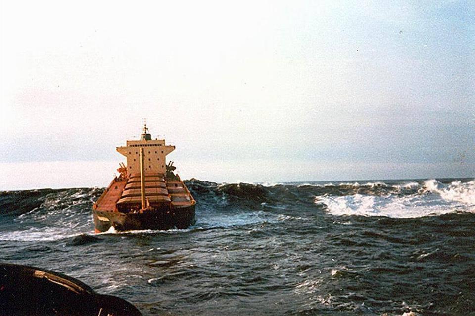 Ένα και δύο, πηδάω τα κύματα… - e-Nautilia.gr   Το Ελληνικό Portal για την Ναυτιλία. Τελευταία νέα, άρθρα, Οπτικοακουστικό Υλικό