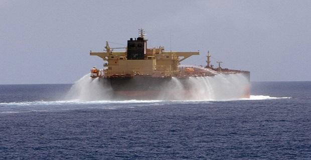 Πυροβολισμοί προς πετρελαιοφόρο στο Στενό του Όρμουζ - e-Nautilia.gr | Το Ελληνικό Portal για την Ναυτιλία. Τελευταία νέα, άρθρα, Οπτικοακουστικό Υλικό