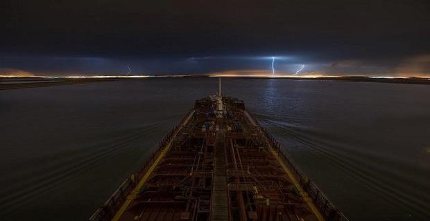 pontoporos_naftilia_storm_