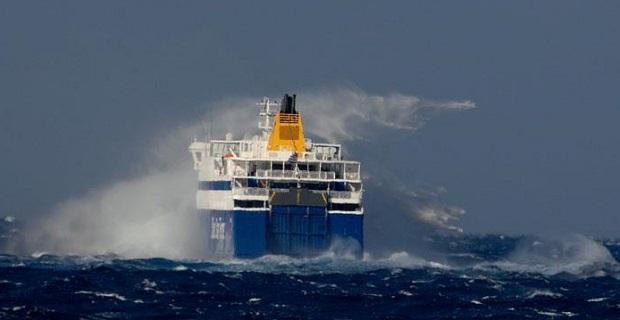 Λαχτάρησαν χθες οι επιβάτες στο «Blue Star Naxos» - e-Nautilia.gr | Το Ελληνικό Portal για την Ναυτιλία. Τελευταία νέα, άρθρα, Οπτικοακουστικό Υλικό