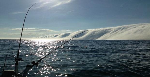 Τεράστιο τείχος ομίχλης πάνω από την λίμνη Μίσιγκαν [vid] - e-Nautilia.gr   Το Ελληνικό Portal για την Ναυτιλία. Τελευταία νέα, άρθρα, Οπτικοακουστικό Υλικό